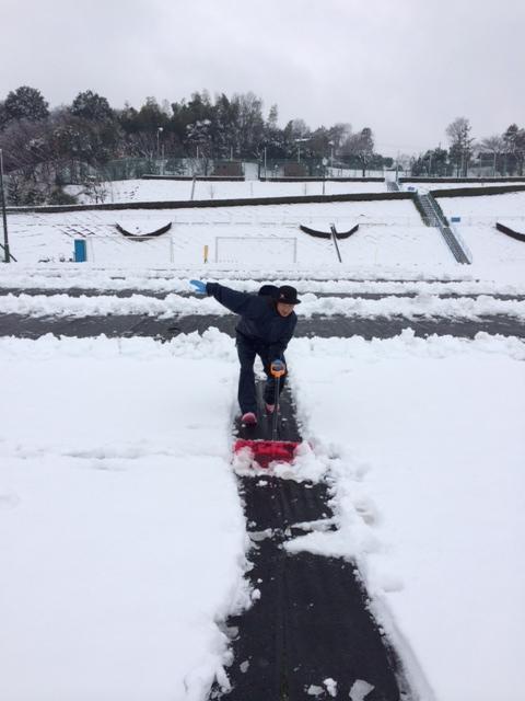 雪かき 宇治野さん.JPG